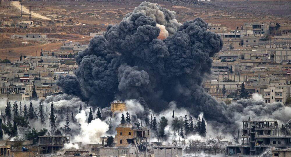 Ataque de coalizão liderada pelos EUA na Siria  (arquivo)