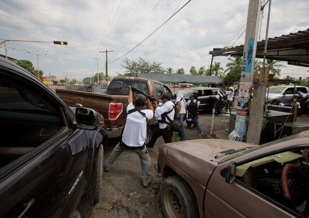 Troca de tiros no México, na cidade de Nueva Italia.