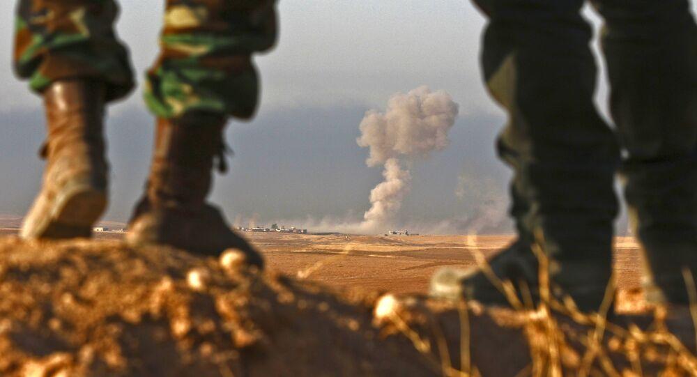 Combatentes curdos (imagem referencial)