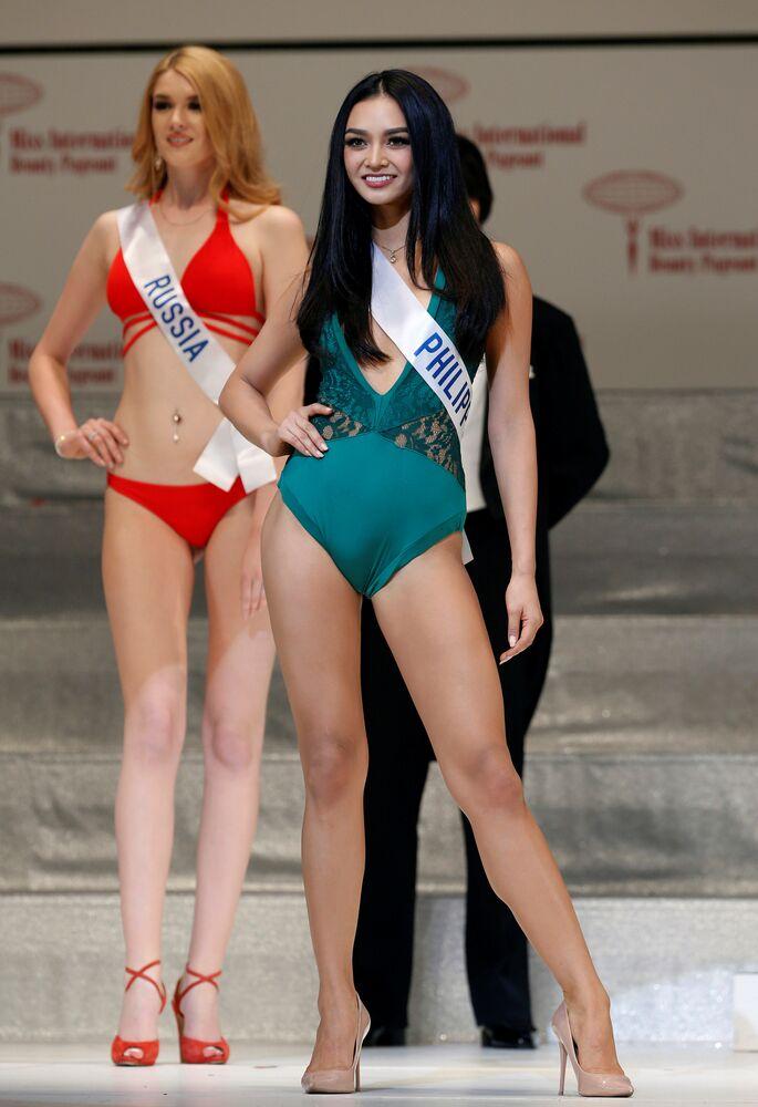 A vencedora do concurso Miss Internacional 2016 Kylie Verzosa representa as Filipinas no concurso de beleza que foi realizado em Tóquio em 27 de outubro, 2016