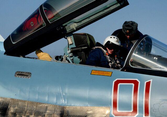 O caça russo Su-35