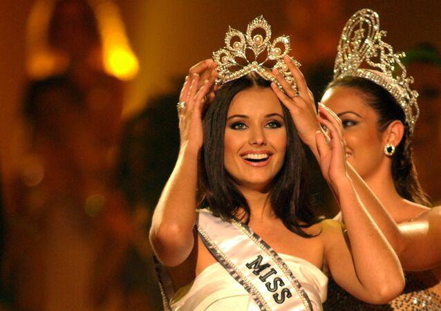 Miss Universo 2002 russa Oksana Fedorova