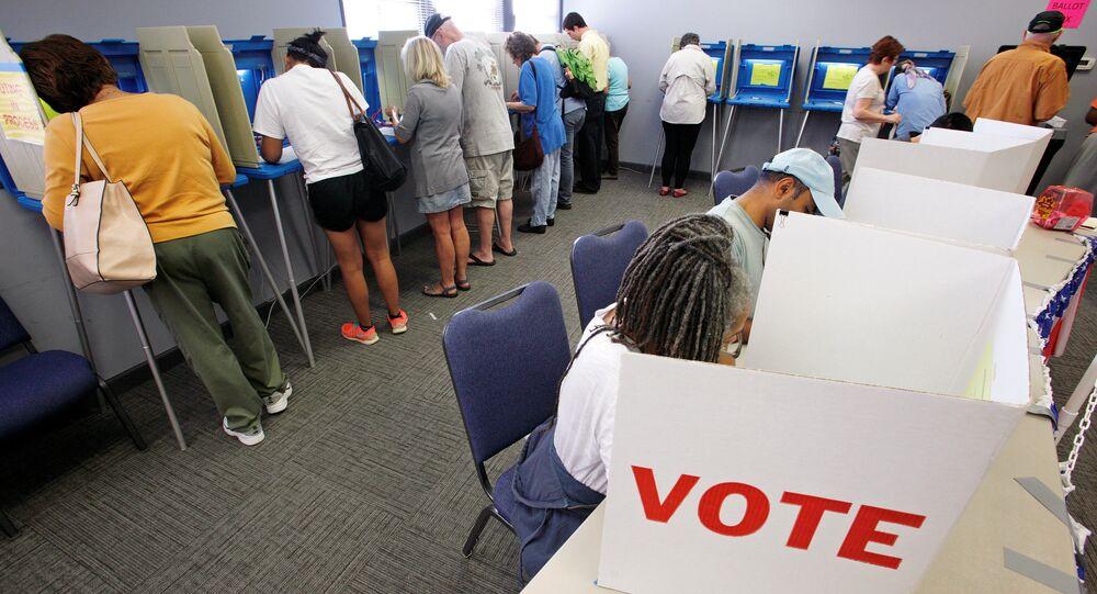 Processo de votação em Norte Carolina, EUA, 20 de outubro de 2016
