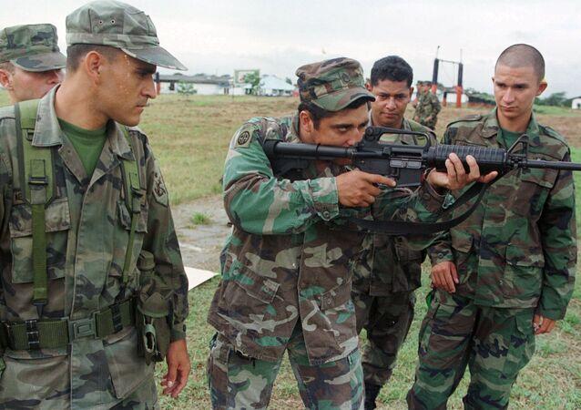 O Exército dos EUA disse que vai investigar as acusações recentemente publicadas a respeito dos estupros cometidos em meados dos anos 2000 por seus soldados e contratantes na Colômbia