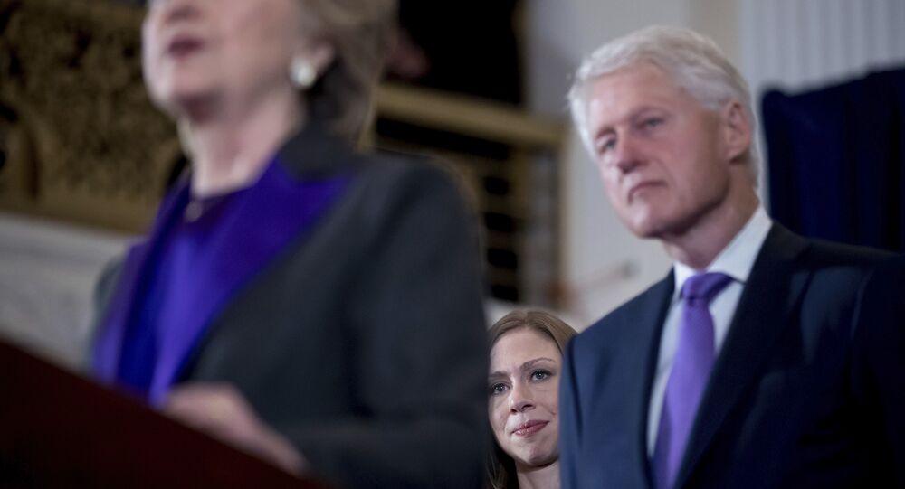 Chelsea, Hillary e Bill Clinton