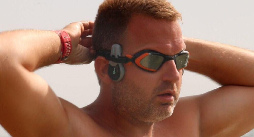 Ben Hooper, britânico que pretende atravessar o Atlântico a nado
