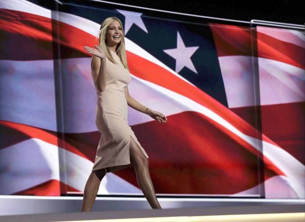 Ivanka Trump passeia na passarela durante o último dia da Convenção Republicana em Cleveland, Ohio, EUA, 21 de julho de 2016