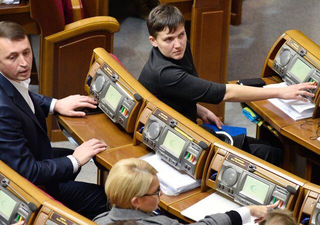 Nadezhda Savchenko no Parlamento ucraniano, 15 de novembro de 2016