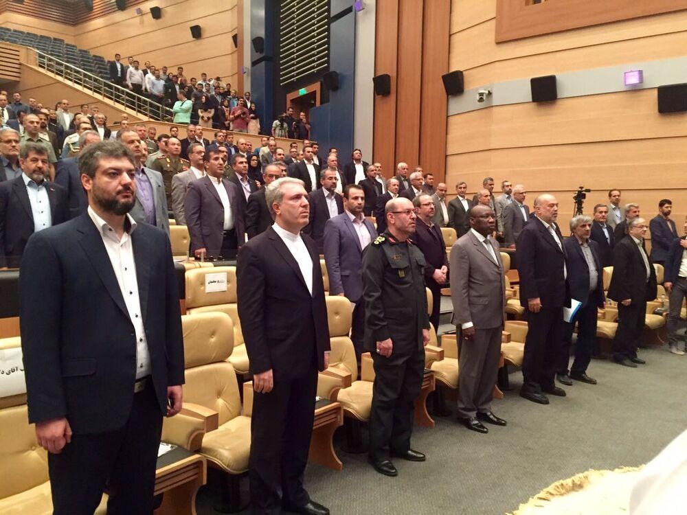 Cerimônia da abertura do salão aeronáutico organizado pelo Centro de promoção da ilha de Kish com apoio total da administração da zona econômica especial e Aviação Civil do Irã