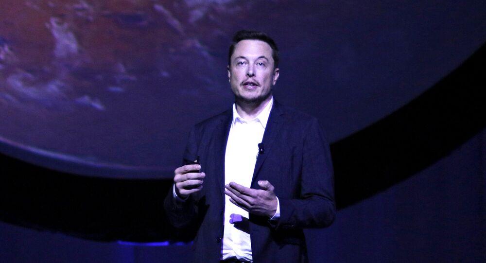Chefe da corporação SpaceX Elon Musk revela planos de colonizar Marte, México, 27 de setembro de 2016
