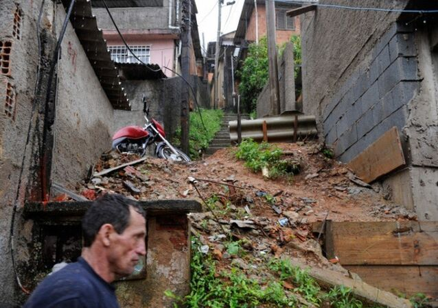 Petrópolis (RJ) decreta estado de emergência