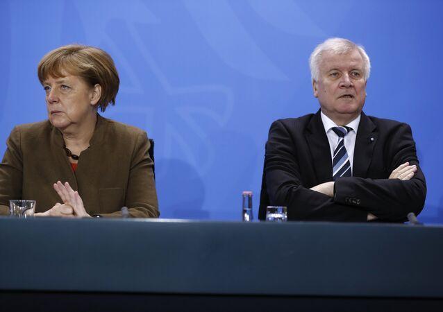 Angela Merkel e o primeiro-ministro da Baviera Horst Seehofer