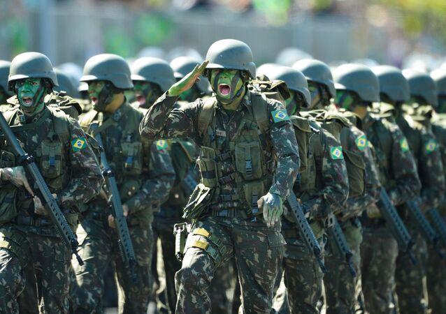 Militares previdência