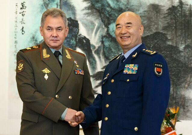 A visita oficial do ministro de defesa, Sergei Shoigu, na China