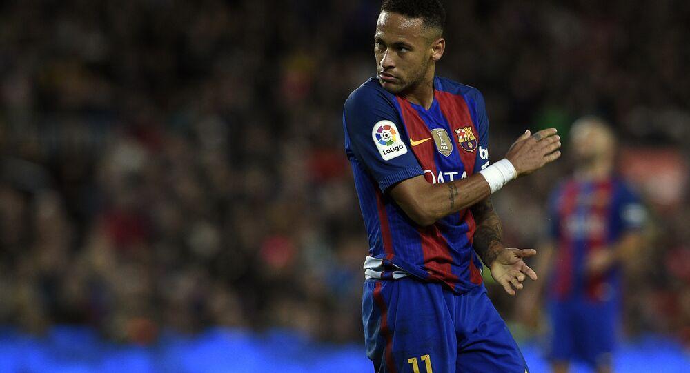 Neymar durante um jogo contra Málaga em 19 de novembro de 2016