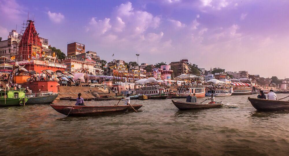 Rio Ganges, Varanasi, Índia