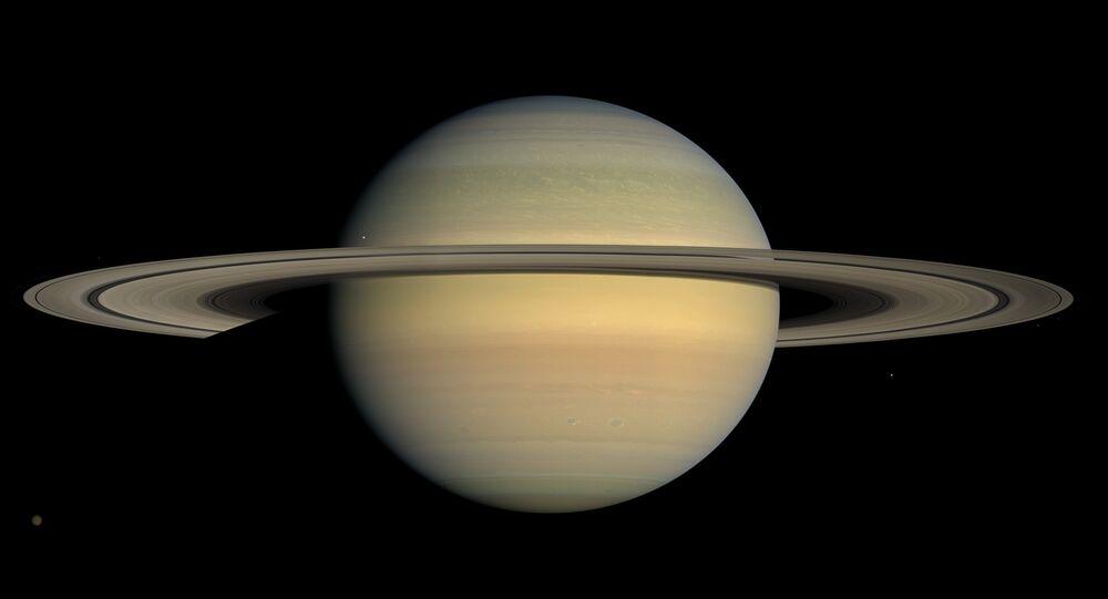 Vista por Saturno, imagem tirada pela sonda Cassini