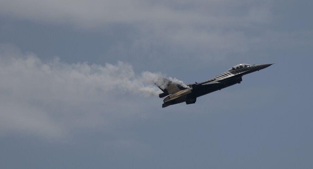 Caça F-16 da Força Aérea da Turquia