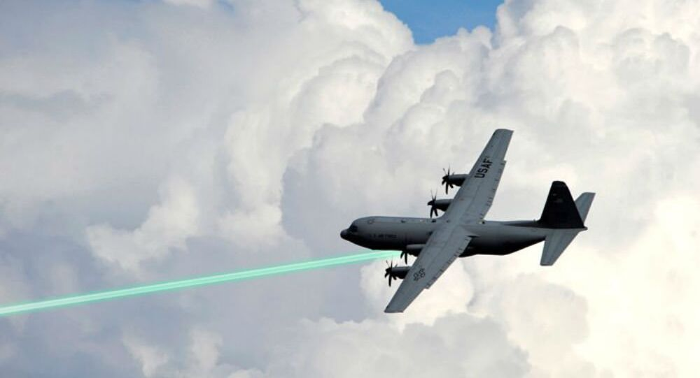 Imagem mostra avião de combate AC-130 usando arma de laser