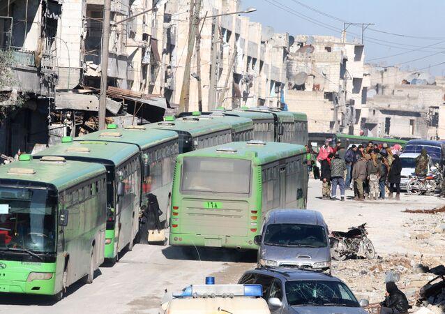 Evacuação em curso em Aleppo oriental, 15 de dezembro de 2016