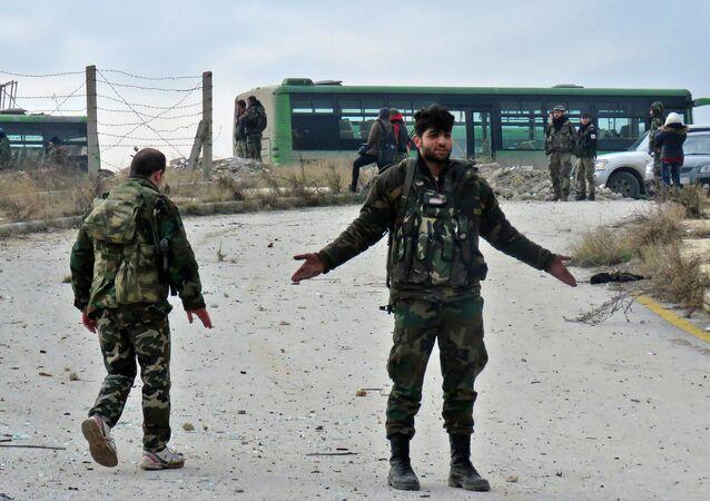 Soldados sírios na parte oriental de Aleppo, 16 de dezembro de 2016