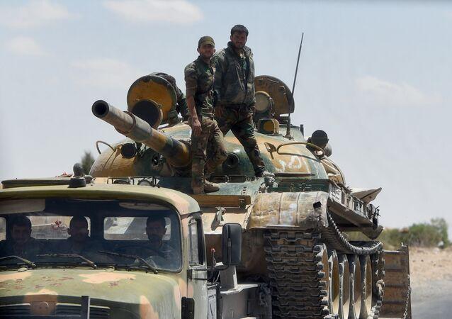 Soldados sírios em Palmira (foto de arquivo)