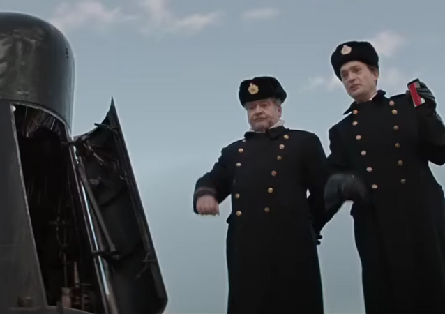 Soldados russos em um submarino nuclear