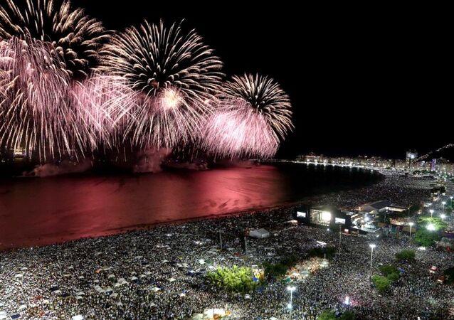 Queima de fogos no Réveillon 2017 de Copacabana será mais curta