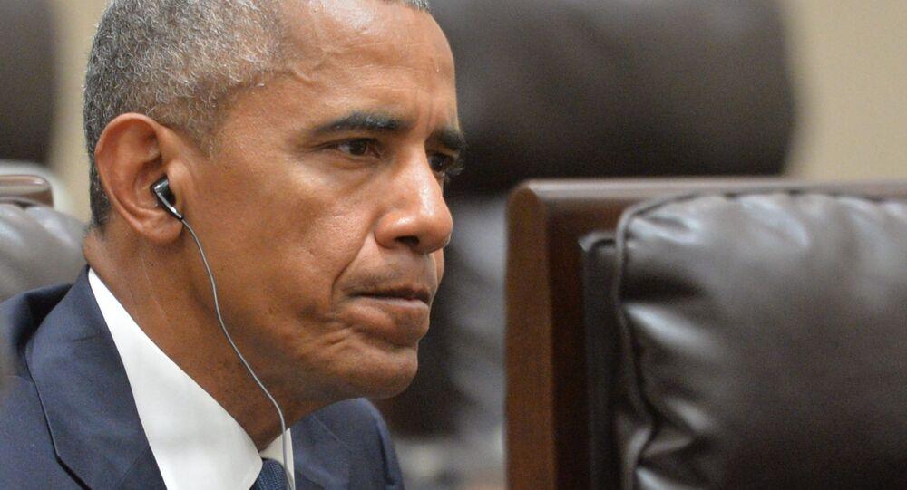 O presidente dos EUA, Barack Obama, durante uma reunião com o presidente russo, Vladimir Putin, na China.