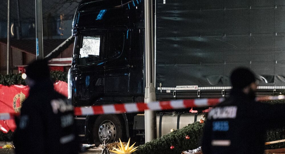 Policiais no local do ataque terrorista em Berlim