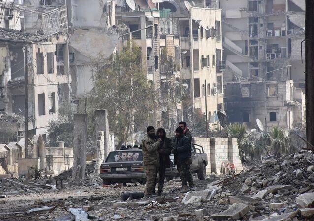 Militares sírios em Aleppo libertada