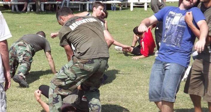 Arte marcial russa Systema está ganhando popularidade na América Latina