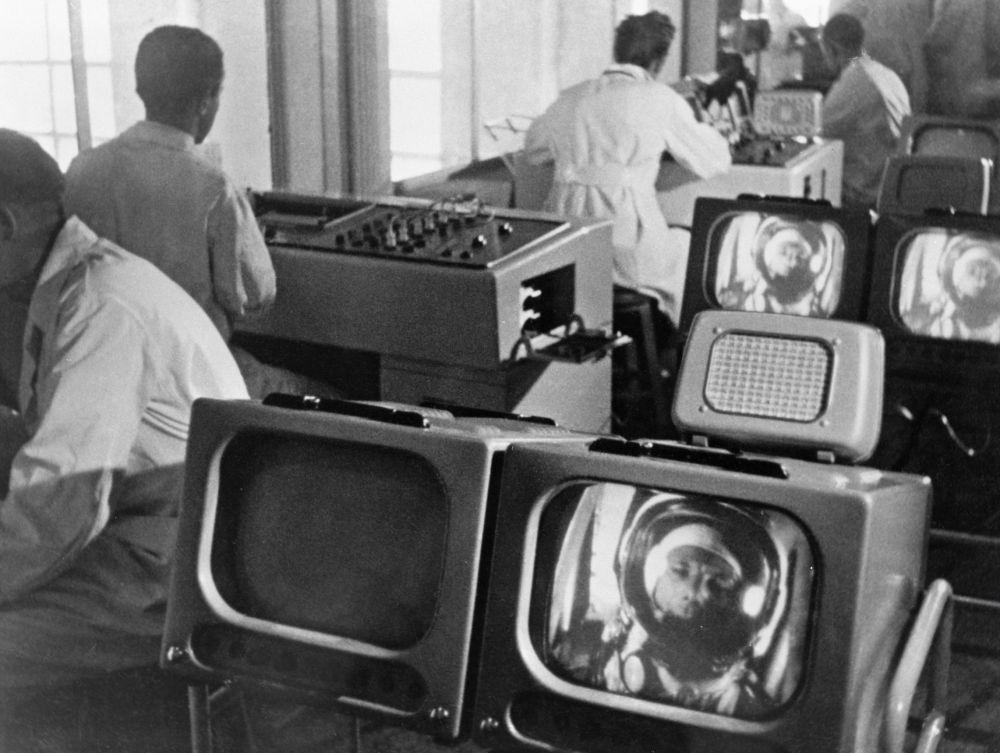 Cientistas monitoram o estado de Yuri Gagarin no espaço