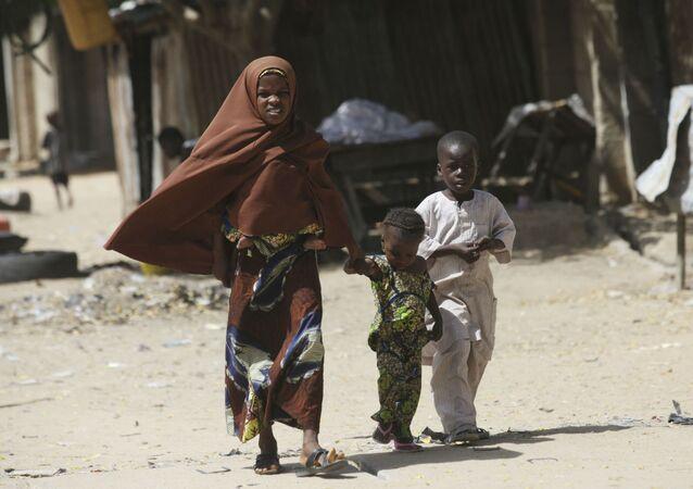 Segundo a organização internacional Médicos sem Fronteiras, já foram registrados 172 casos de cólera e 16 mortes nos acampamentos para vítimas do Boko Haram em Maiduguri