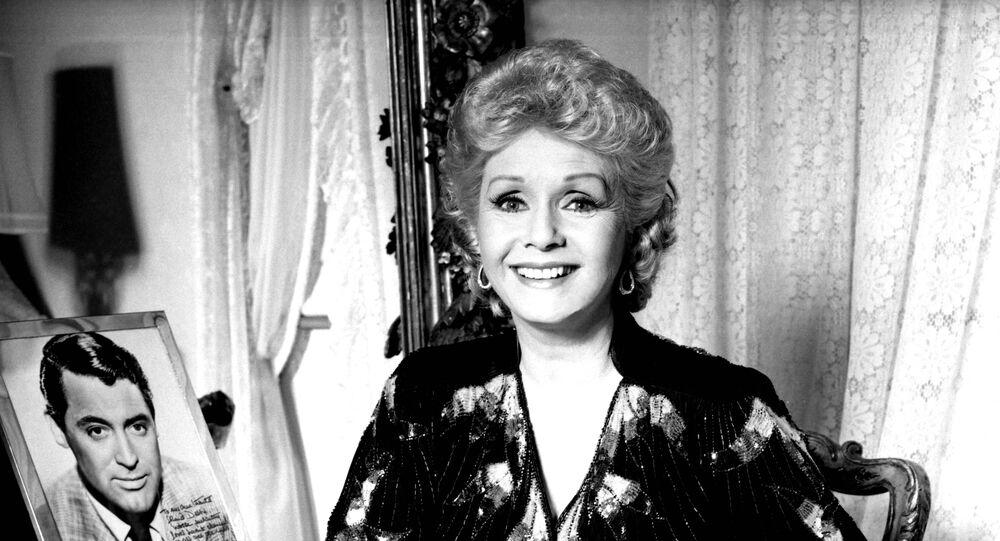 Atriz Debbie Reynolds