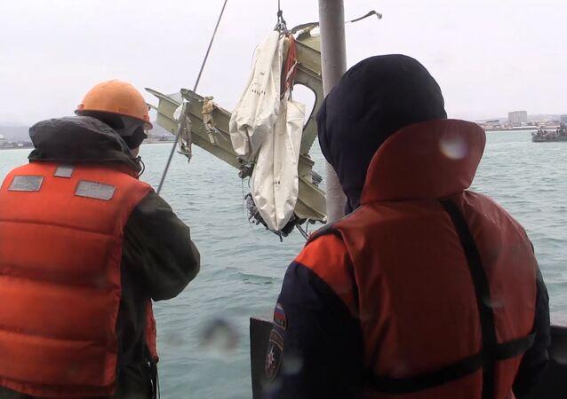 Operação de resgate no local do acidente do Tu-154