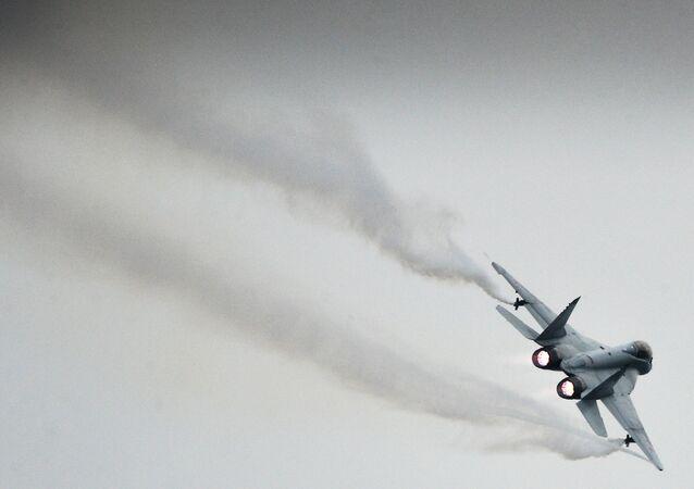 Um caça de 4ª geração russo MiG-35