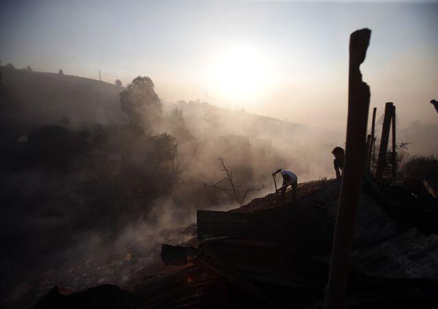 Incêndio florestal em Valparaiso, no Chile