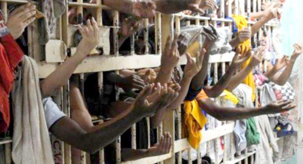 Presídios superlotados em Manaus