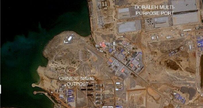 Mapa de Djibouti no local da atual construção da base militar da China - antes do início de trabalhos