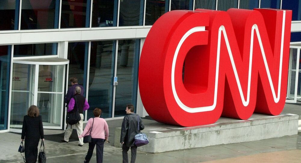 Bruna Macedo, da CNN Brasil, foi abordada por homem armado na Ponte das Bandeiras