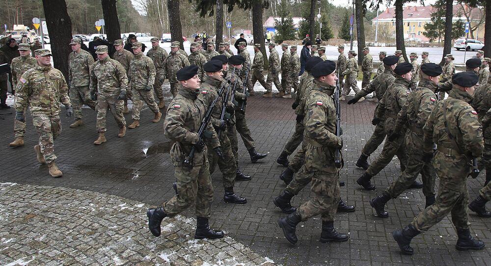 Cerimônia oficial de boas-vindas às tropas dos EUA na Polônia (imagem referencial)