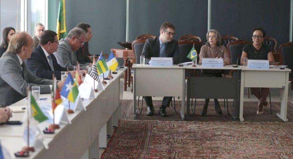 A presidente do STF, Cármen Lúcia, se reúne com presidentes de 27 tribunais de Justiça do país, no supremo