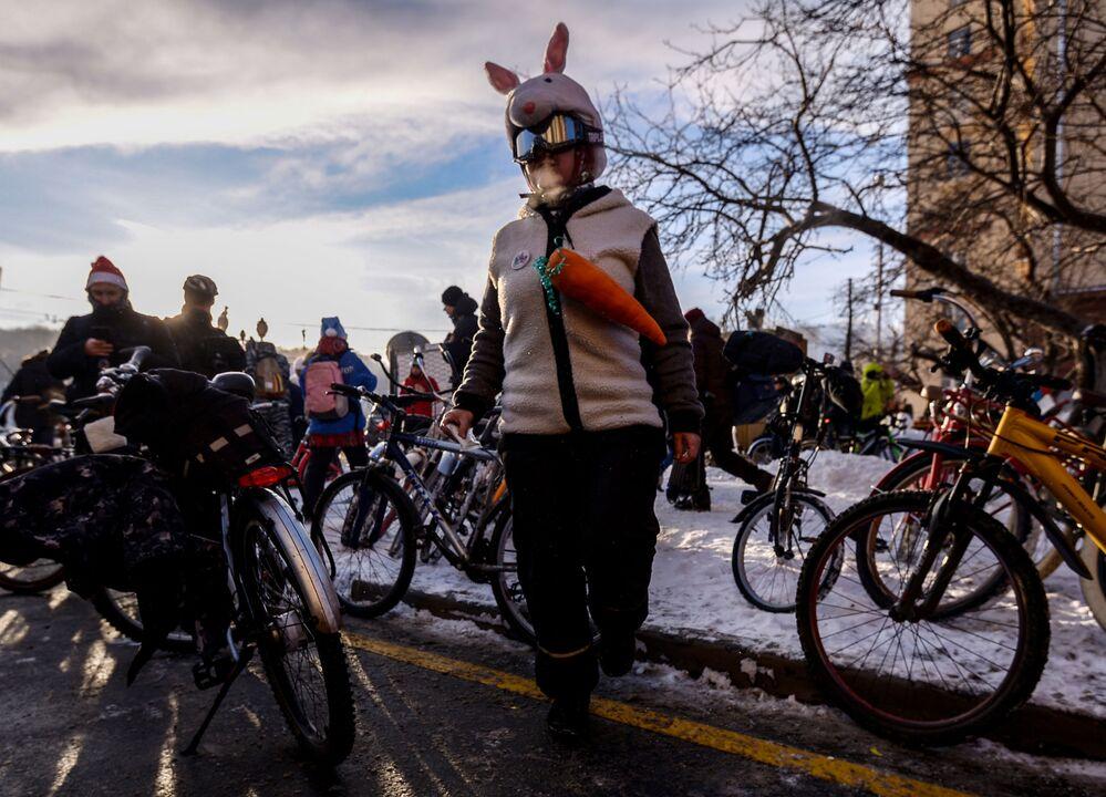 Participantes da 2ª Parada Ciclista de Inverno de Moscou