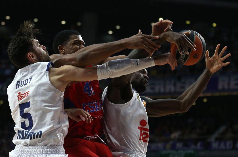 Partida de basquetebol entre o Real Madrid e o CSKA de Moscou