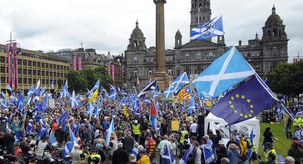 Escoceses pedem independência da Grã-Bretanha, após o anúncio dos resultados do referendo sobre o Brexit, Glasgow, Escócia, 30 de julho de 2016