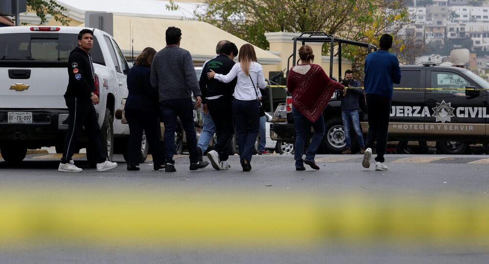 Ataque em colégio no México