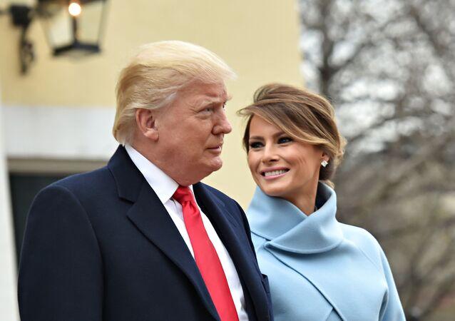 Presidente dos EUA com sua esposa Melania Trump, antes da cerimônia de tomada de posse