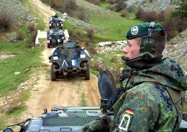 Soldados alemães operando na Bósnia como parte da missão da OTAN