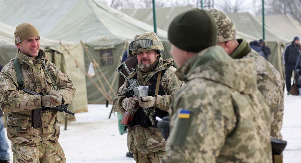 Militares ucranianos na cidade de Avdeevka, Ucrânia